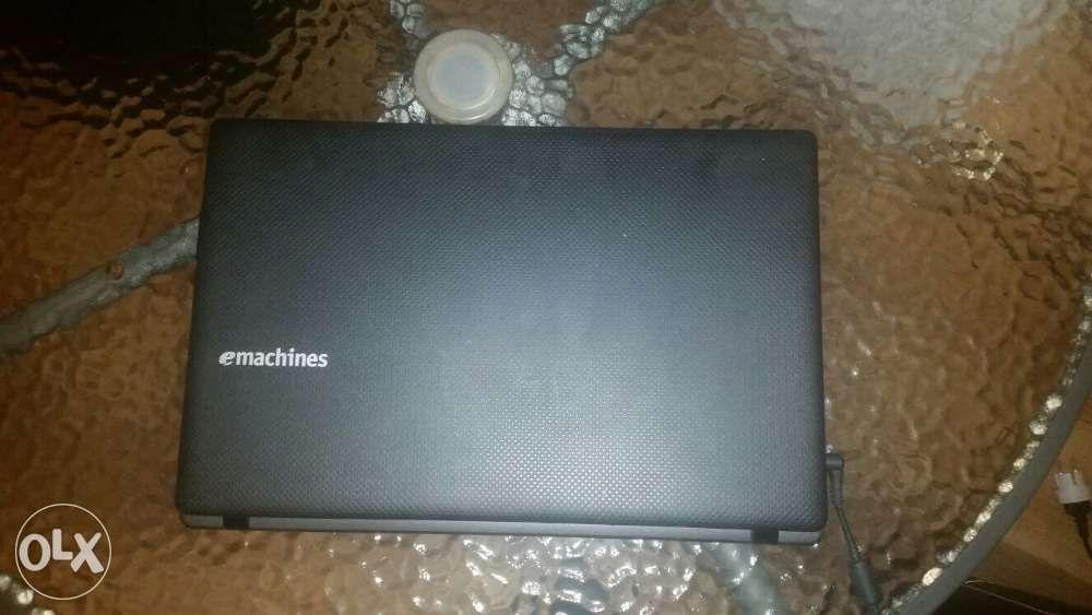 Laptop Emachines , 640GB , 4GB DDR3 , 15.6 inch , unic proprietar !