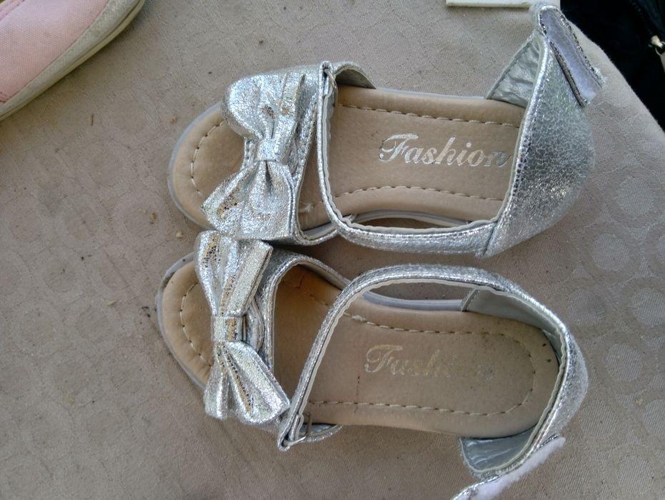 Много запазени обувки гр. Петрич - image 5