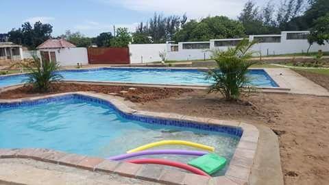 Construção de piscinas a Betão
