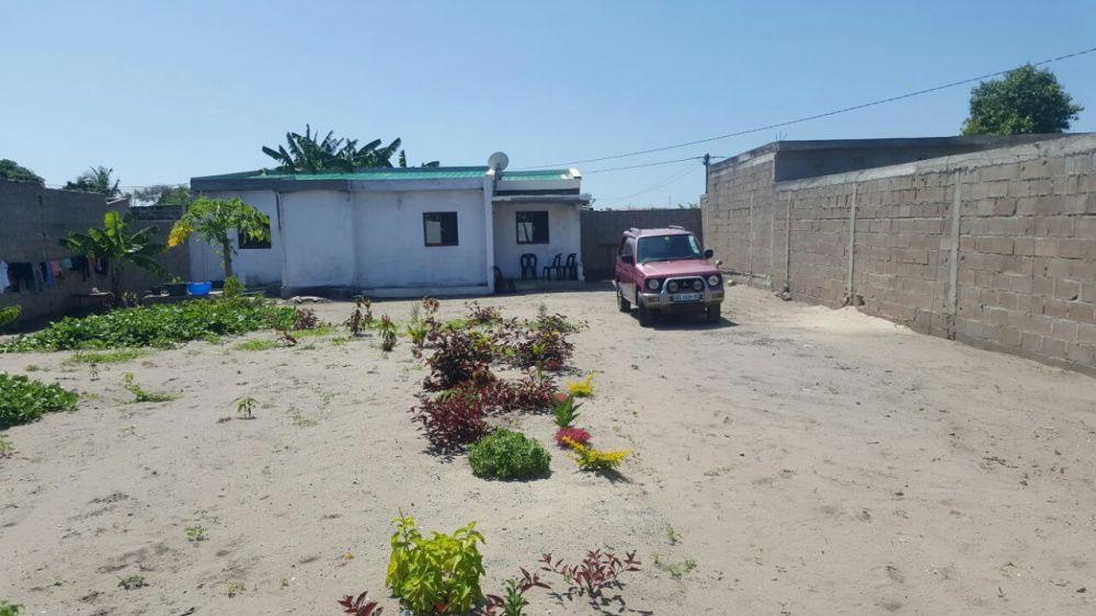 Transpasse de propriedade zona do costa do sol perto de casa jovem