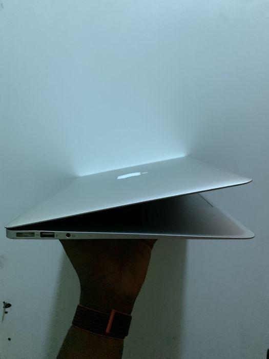 MacBook Air 13inc, Core i7, 8gb RAM, 128GB SSD Talatona - imagem 3
