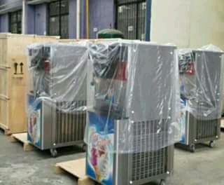 Máquina de gelado novas a venda