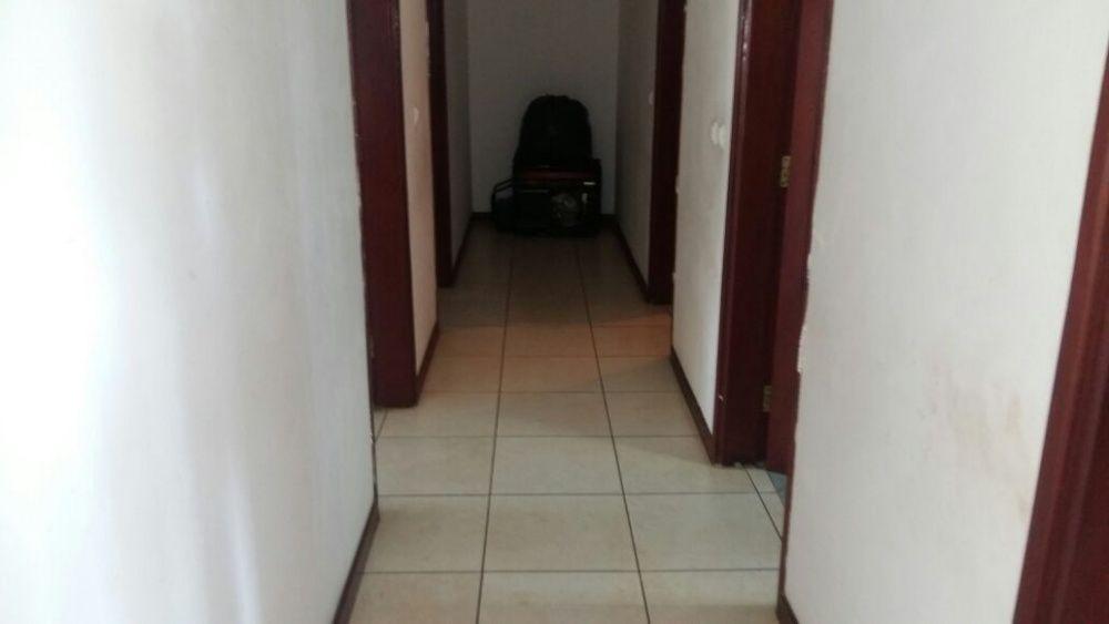 Vende-se moradia no Condominio Belo Horizonte