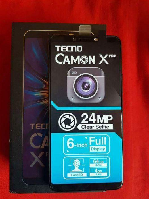 Tecno Camon XPro/novos na caixa.