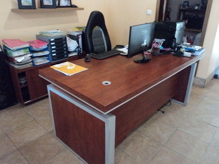 Vendo secretária de escritório