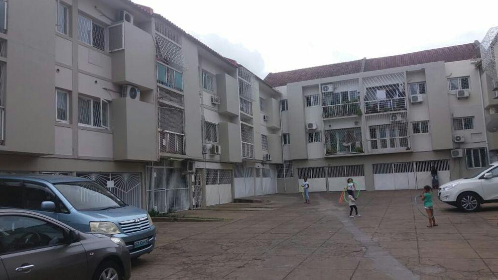 Arrenda-se apartamento T3 mobilado próxima ao Hotel Cardoso