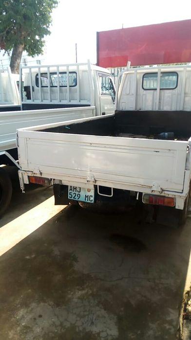 Toyota Hiace 4x4 com 1.5 toneladas...mat.5.0