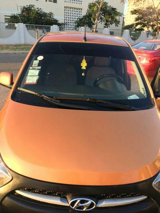 Carro Conduzido por Mulher. Hyundai i10 1.2 Automático com 38 mil kmts
