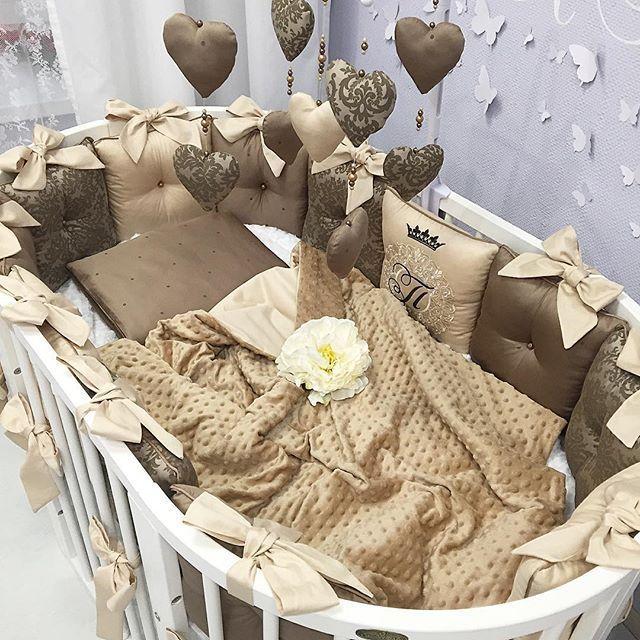 Комплект в манеж для новорожденного