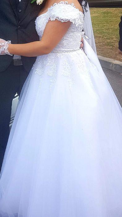 Vand rochie de mireasă, tiara și voal de 3 m