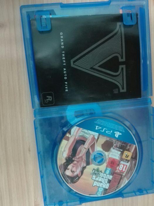 Vendo GTA V (5) PARA PS4 Kilamba - imagem 2
