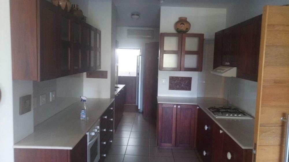 Arrenda se apartamento T3 Mobilado condomínio SunView na Sommerchield2