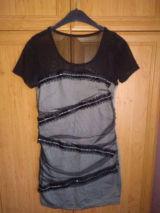 Vând rochițe elegante