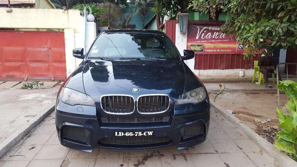 Carro BMW X6 M