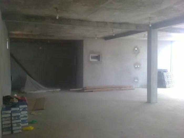 Arrenda-se uma loja com área útil de 120m2/via principal da Toyota Samba - imagem 3