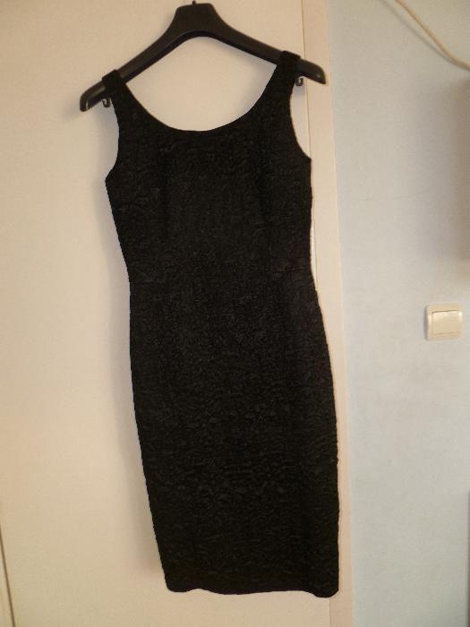 Страхотна малка черна рокля - уникален плат