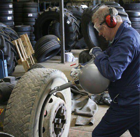Бутилка за шоково помпане на гуми 36л , Професионална гр. Велико Търново - image 2