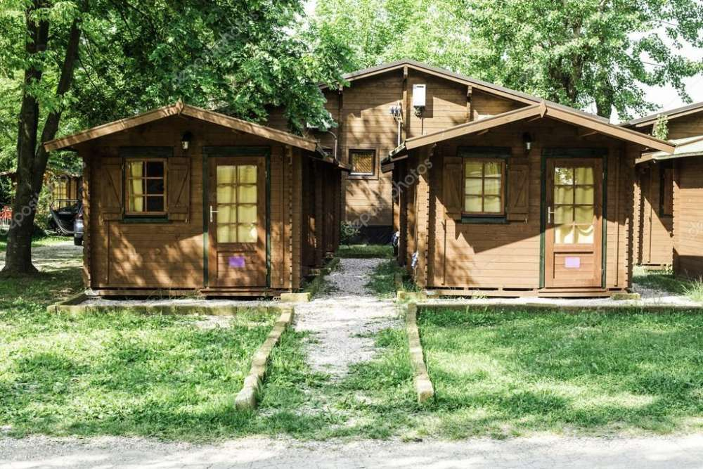 Bungalows em madeira tipo1 com wc a partir de 457.920.00mts