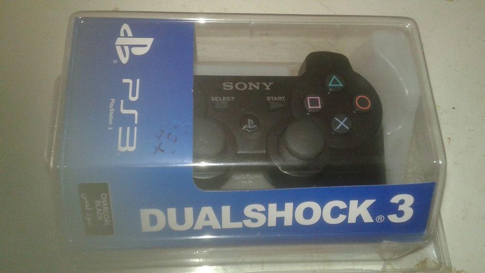 Comando Control novo na caixa de PlayStation 3 em dia pronto ao vicio