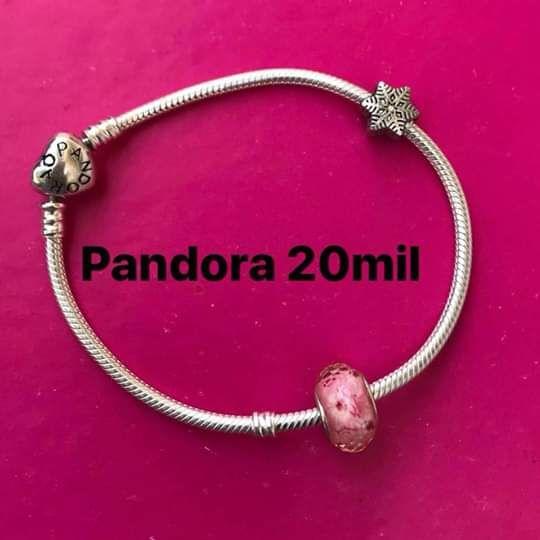 Pandora de prata