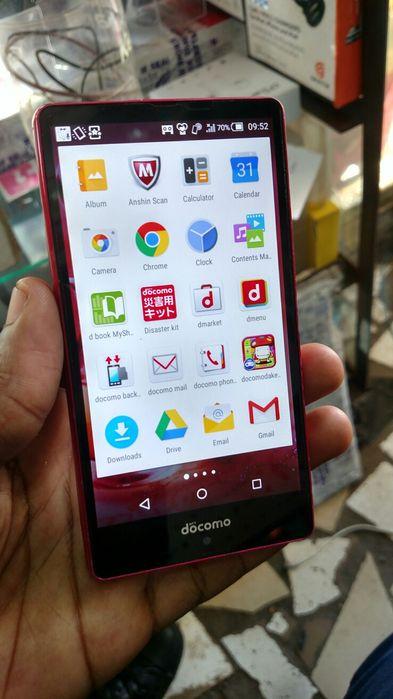 Aquos phone 16gb