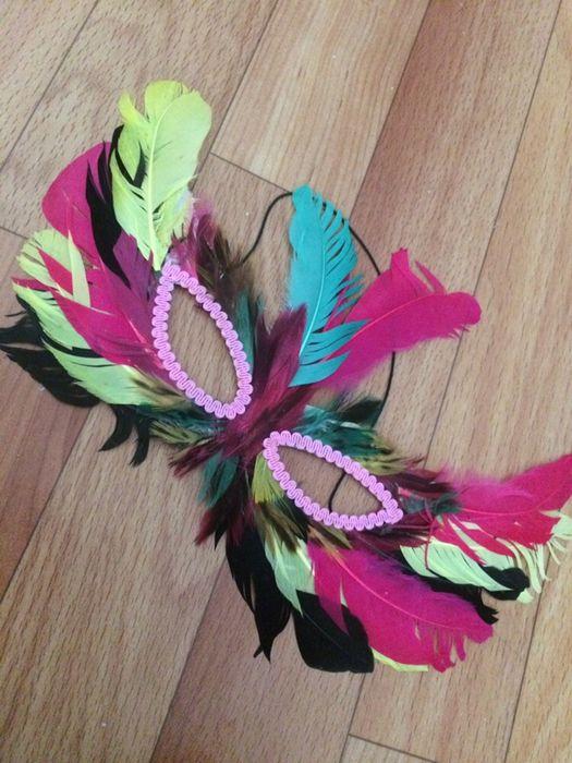Карнавальная маска с перьями Атырау - изображение 2