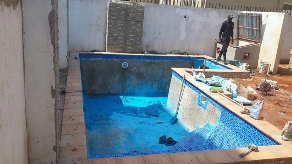 Construção,reabilitação,manutenção,limpezas e tratamentos de piscinas