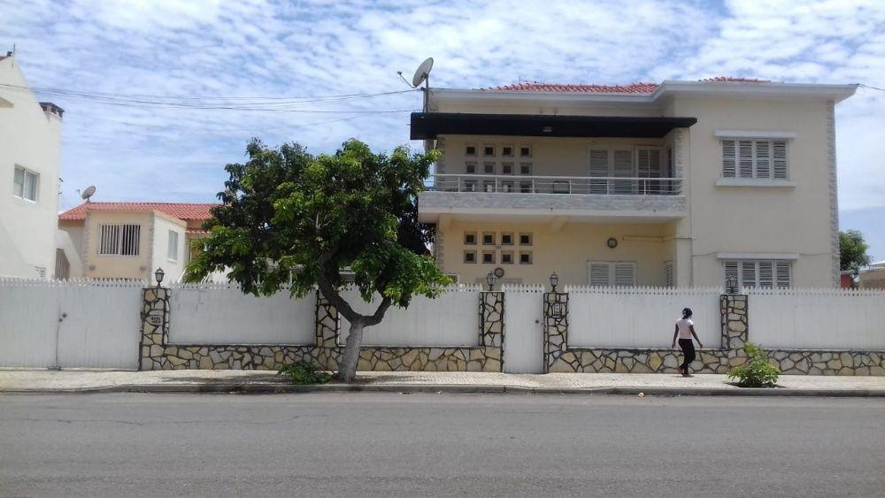 Magnífica vivenda (V4) em Benguela (Lobito-Restinga) Perto da praia.