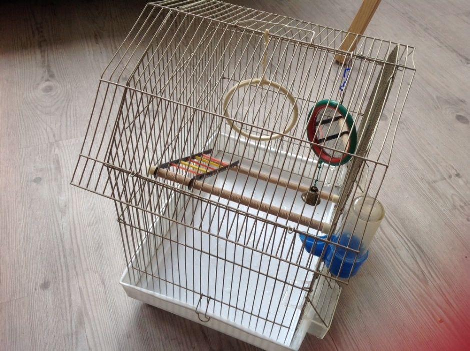 Клетка для попугаев для одного или для парочки волнистых