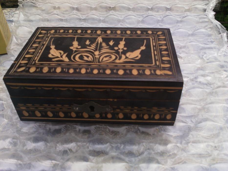 cutie de bijuterii,lucrat manual