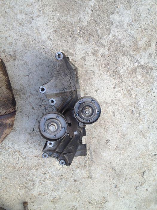 Suport alternator electromotor compresor VW Golf 4 1.4 1.6 1.8T 2.0