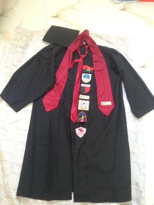 Beca para cerimônia de licenciatura