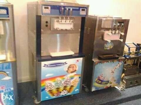 Máquina de gelado disponivel