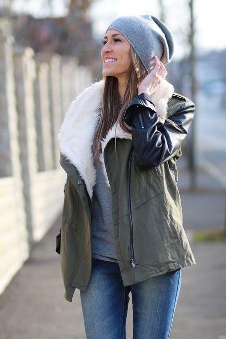 продам весенне-осеннею куртку (косуха)