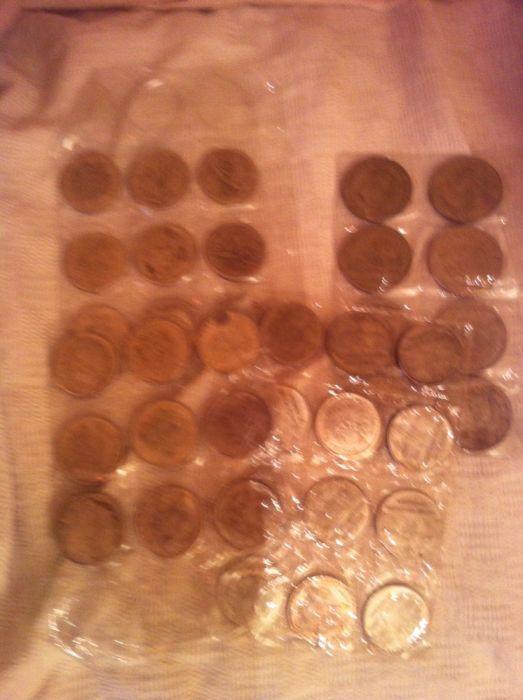 Monede placate cu argint