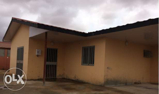 Vendemos Casa T3 Condomínio BPC em Camama