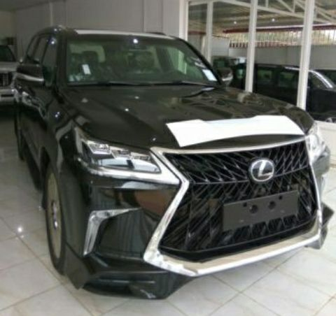 Lexus 570 disponivel