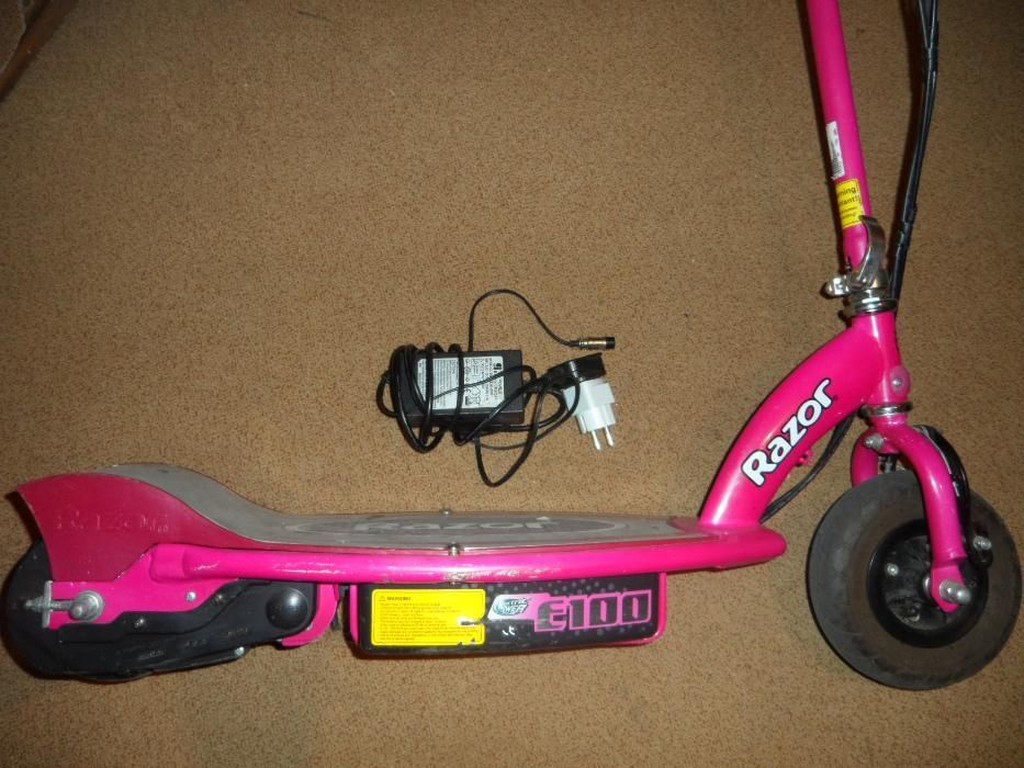 Trotineta electrica Razor, pentru copii