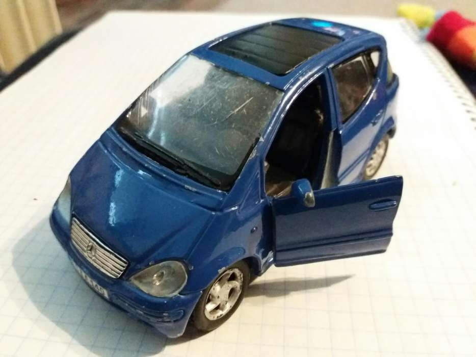 Macheta metalica 1:34 Mercedes A-class Maisto usi mobile