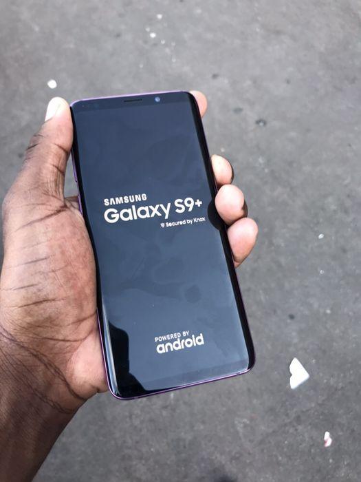 Samsung galaxy S9 Plus 128gb fora da caixa sem nenhum arranhão