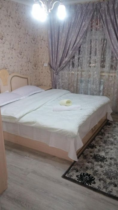 Элитная 3-х комнатная квартира посуточно в Центре арзан