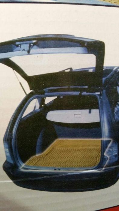 Коврик для багажника автомобиля