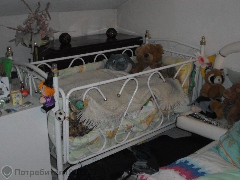 намаление!!! детско креватче метално с механизъм за люлка