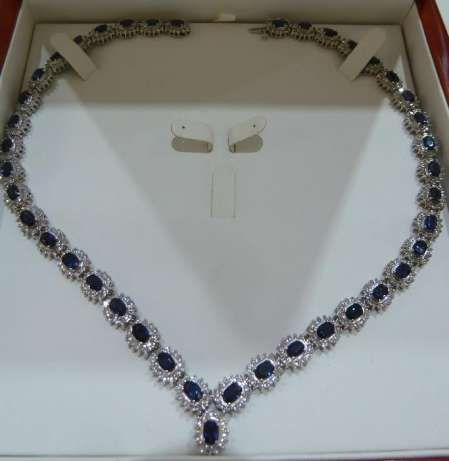 Colier 14k cu diamnte si sapphire peste 40ct UNICAT retail $27000