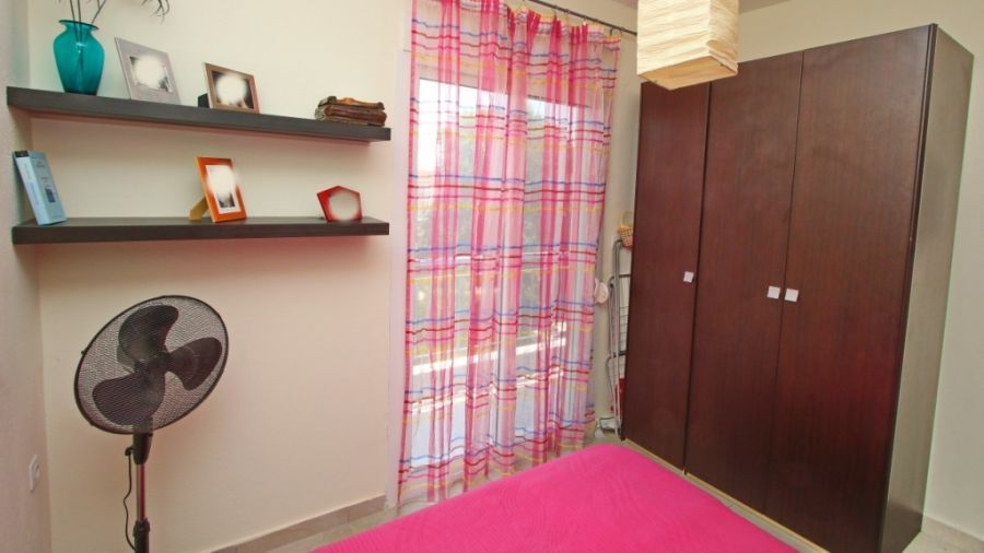 На море в Гърция: Апартамент с 2 спални до плажа на ОФРИНИО Бийч гр. София - image 9