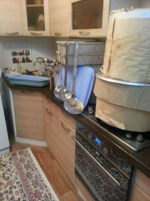 Новая посуда, разносы и поварешки