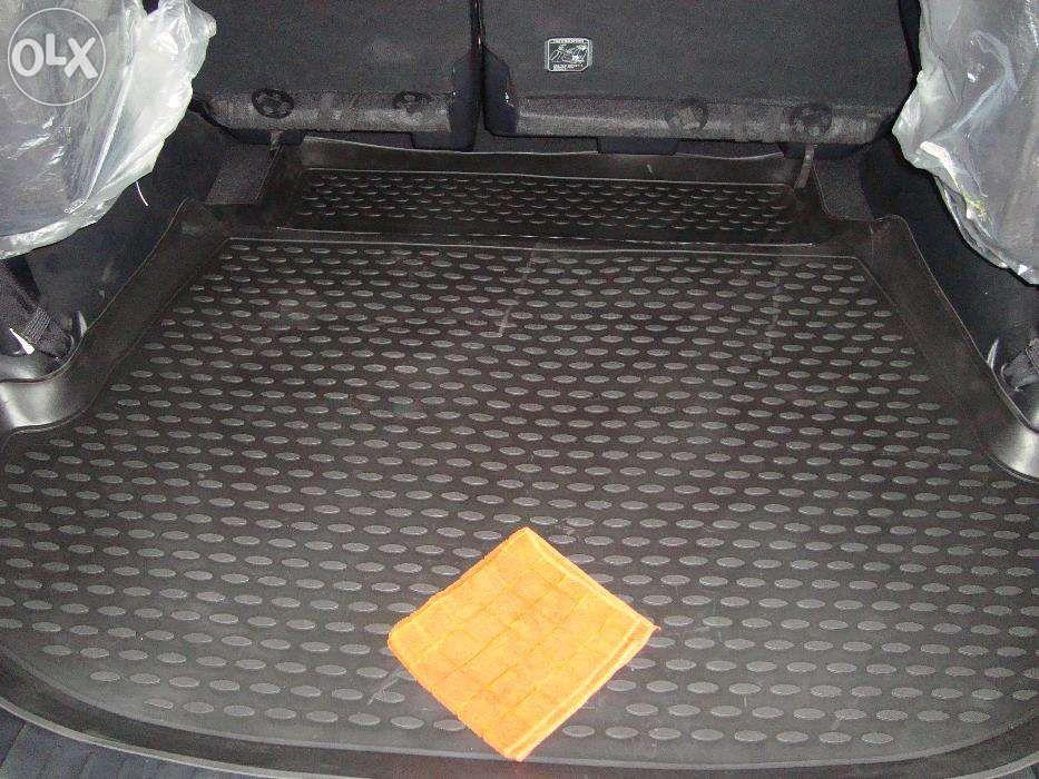 Коврик, ковры, в салон, багажник Toyota Fortuner
