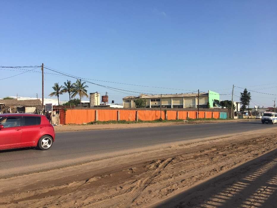 Terreno de 5.000M2 55/91 no Av. Moçambique / Zimpeto