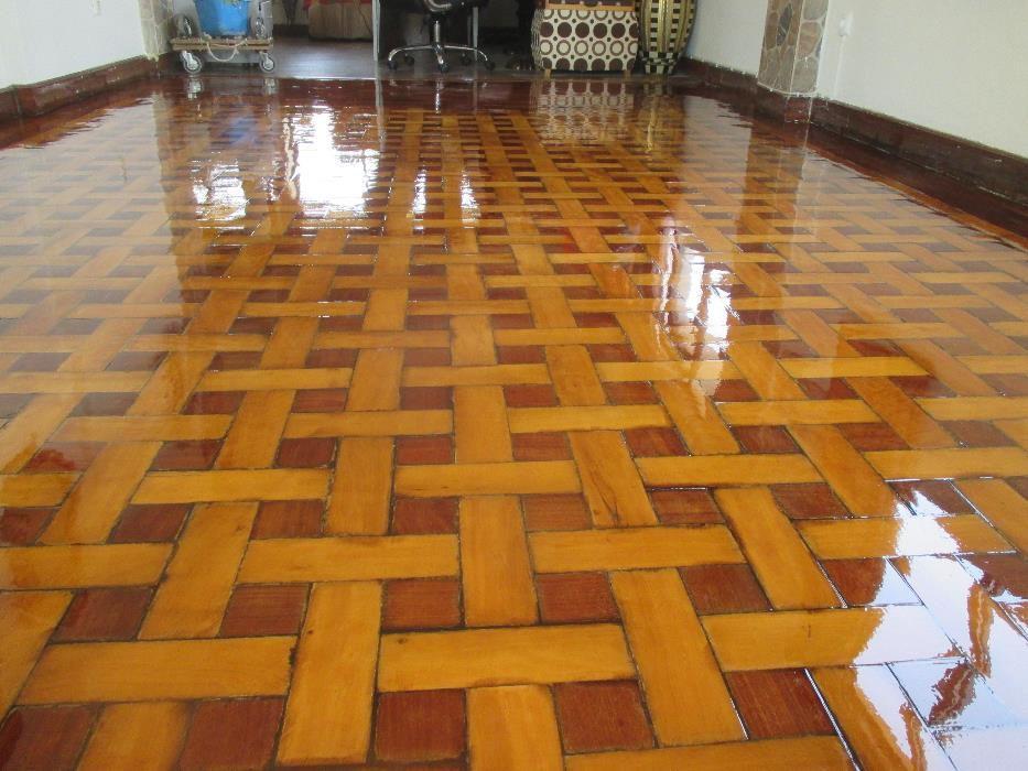 Afagador envernizador pavimentos de madeira