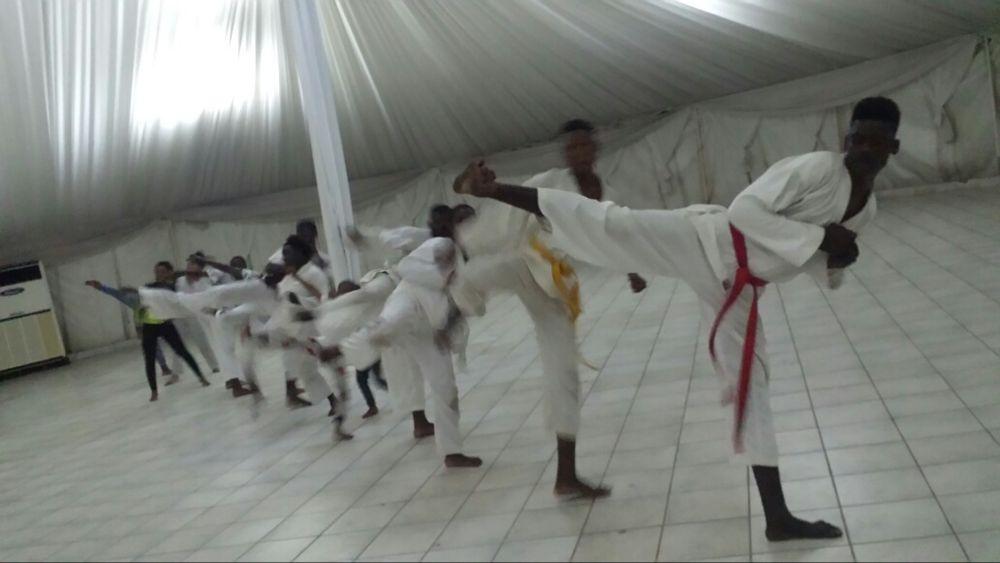 Tae Kwondo na Matola, na tenda do Spar